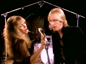 Stevie Nicks with Tom Petty & The Heartbreakers-Stop Draggin' My Heart Around03.jpg